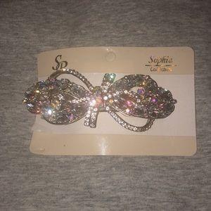 A crystal hair clip